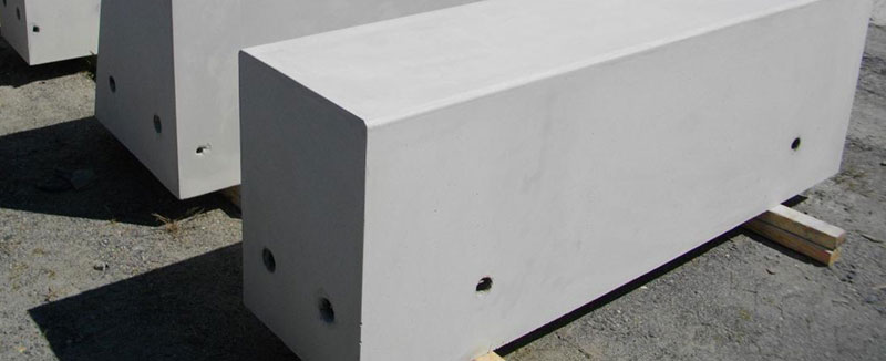 Smooth white concrete benches by SVC Urban.